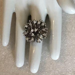 Vintage silver tone ring w/ lots of rhinestones